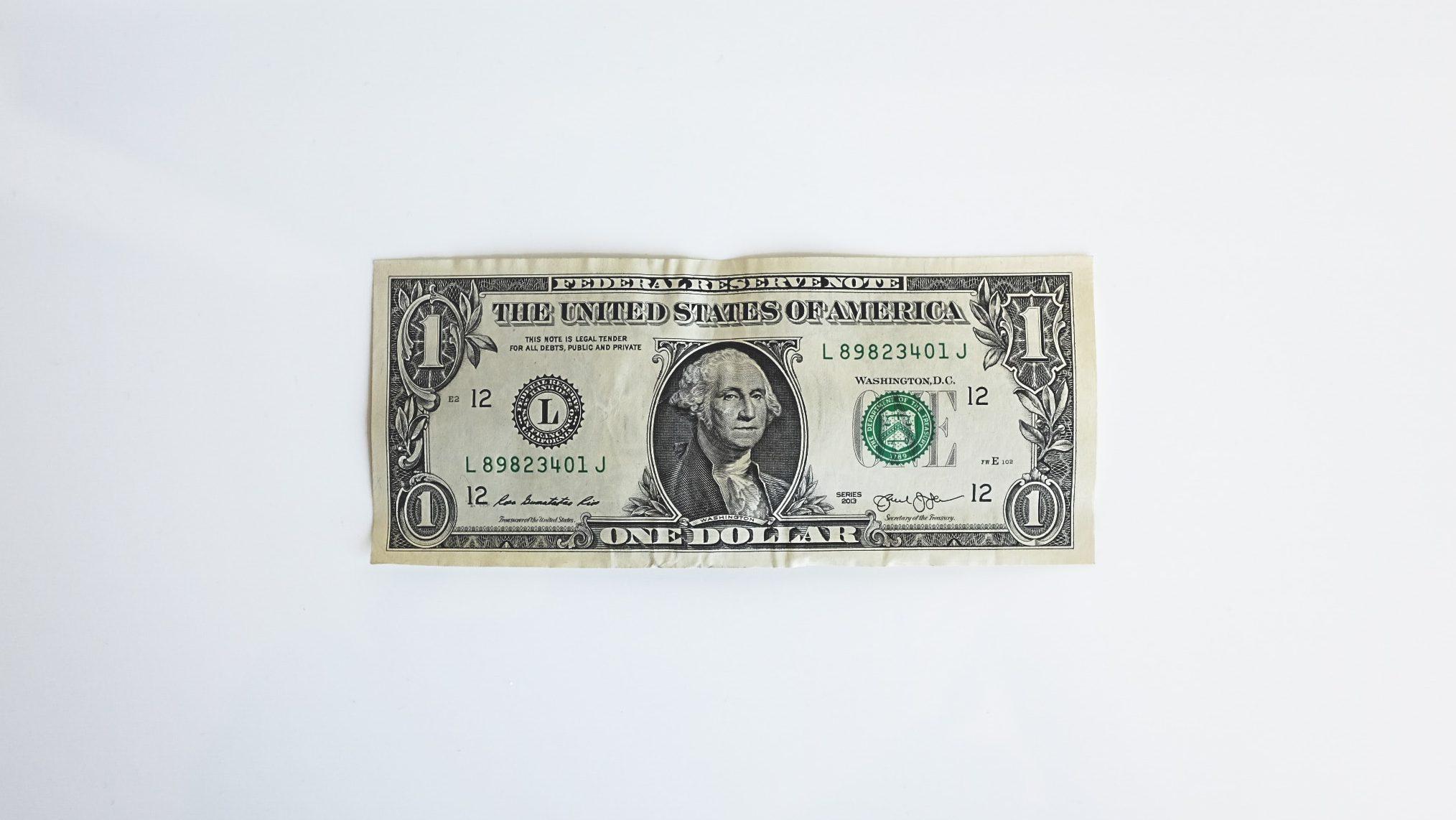 dollar-billet-op-witte grond